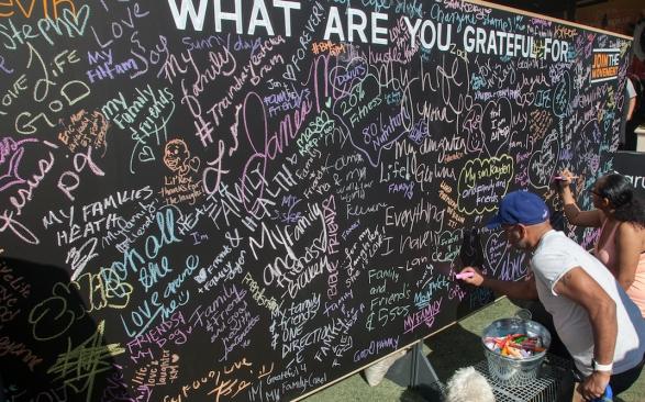 Gratitude-Wall-LA-HealthFest